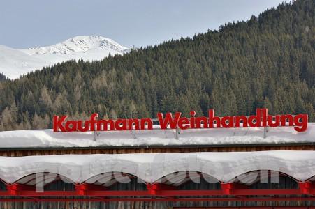 Kaufmann 6210-008-451x300 in Kaufmann Weine Davos