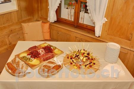 DucanmonsteinApero 9383-028-451x300 in Restaurant Ducan Monstein