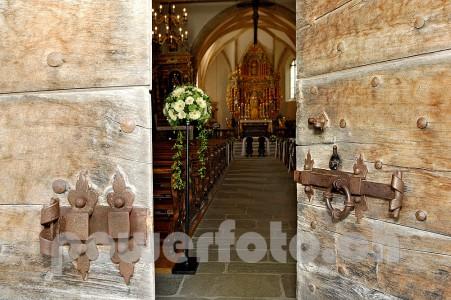 Vella DetailKirche 4960-049-451x300 in Kirche Pleif Vella